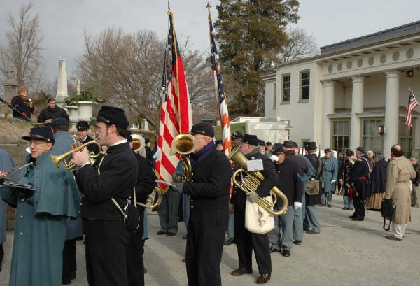 Beck's Band prepares to lead the procession to the gravesite. Not easy temperatures for playing brass instruments!
