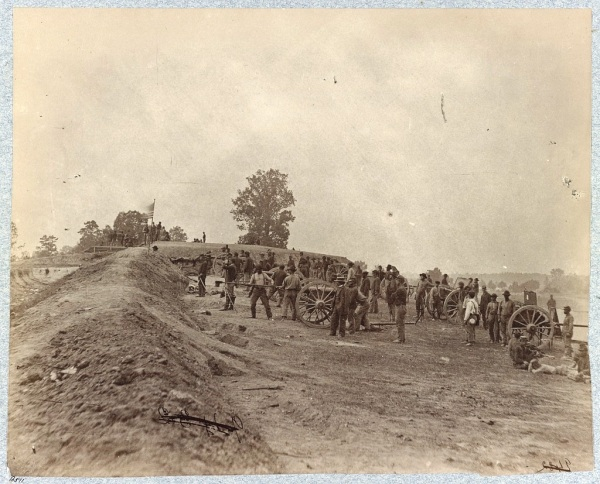 A portion of the Confederate defenses taken by the XVIII Corps on June 15, 1864 (Library of Congress).