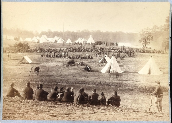 """""""Confederate prisoners captured at the battle of Fisher's Hill, VA. Sent to the rear under guard of Union troops"""" (Library of Congress)."""