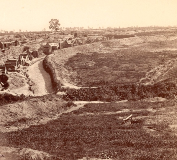 A view of a portion of the Union defenses in front of Petersburg. Click to enlarge (Library of Congress).