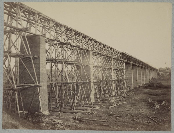 The High Bridge outside Farmville. It was quite an engineering marvel indeed. Some of the original brick columns still stand (Library of Congress).