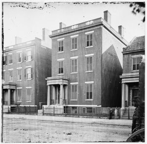 The house at 707 E. Franklin Street (Library of Congress).