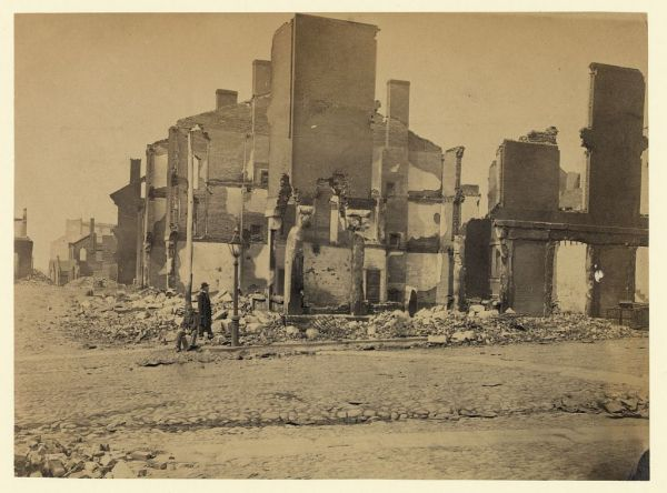 Ruins in Richmond, photographed in May 1865 (Library of Congress).